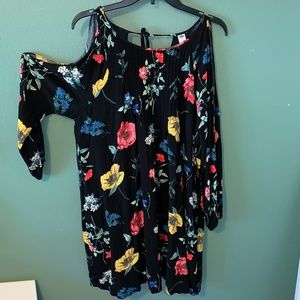 Old Navy floral cold shoulder dress